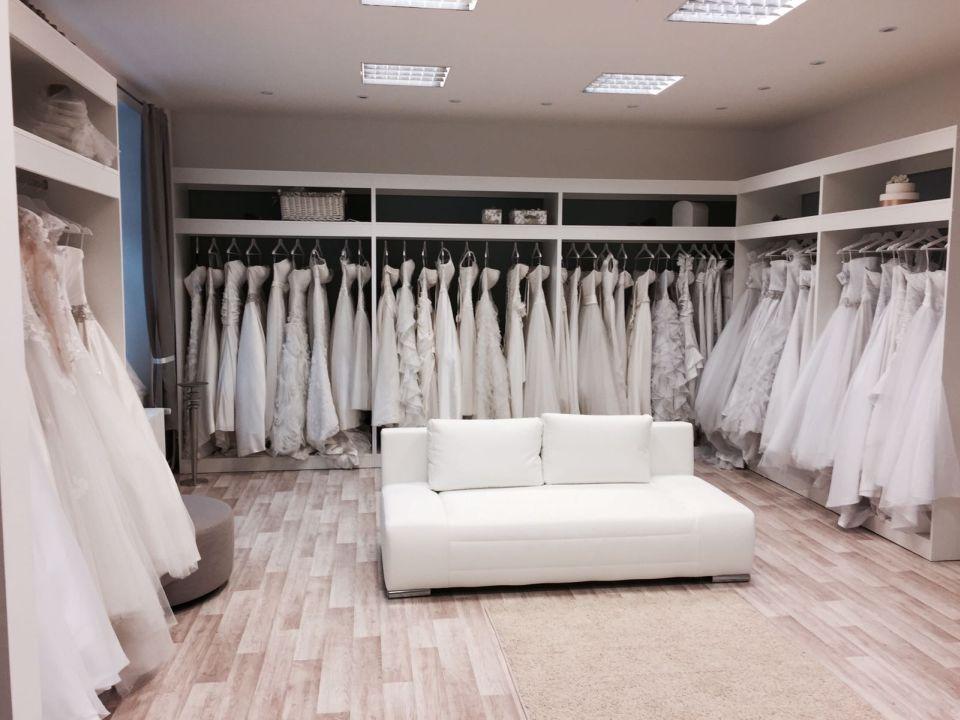 svatební šaty půjčovna praha 4